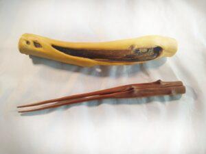 Lilac wood chopsticks 2 with a Lilac wood holder